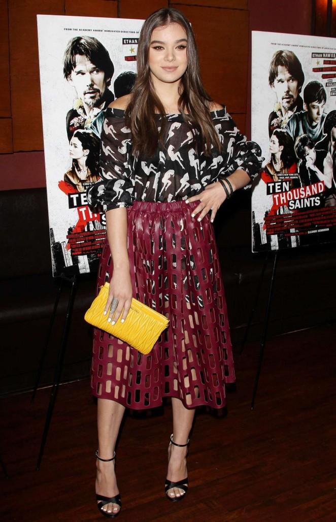 Hailee Steinfeld: Ten Thousand Saints Premiere -04
