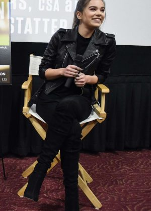 Hailee Steinfeld - 'The Edge of Seventeen' Screening Q&A in Miami