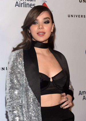 Hailee Steinfeld - Universal Music Group 2016 Grammy After Party in Los Angeles