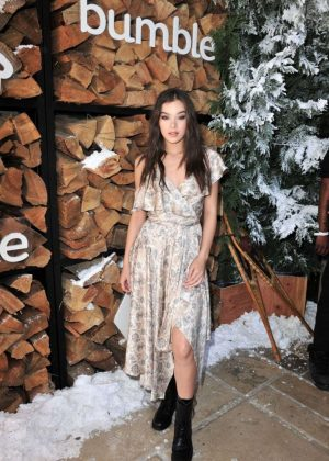 Hailee Steinfeld - Winter Bumbleland in Rancho Mirage