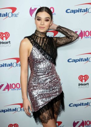 Hailee Steinfeld - Z100's iHeartRadio Jingle Ball 2016 in New York