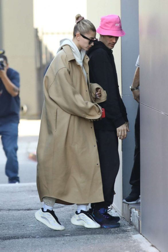 Hailey and Justin Bieber - Arrive for a doctor appointment in Beverly Hills
