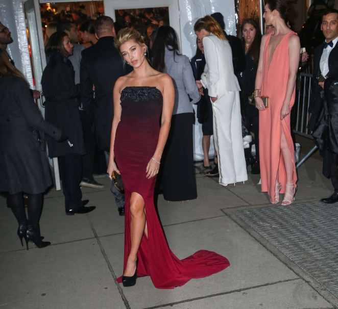 Hailey Baldwin: 2015 amfAR New York Gala -06
