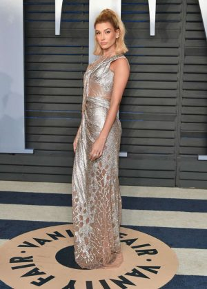 Hailey Baldwin - 2018 Vanity Fair Oscar Party in Hollywood