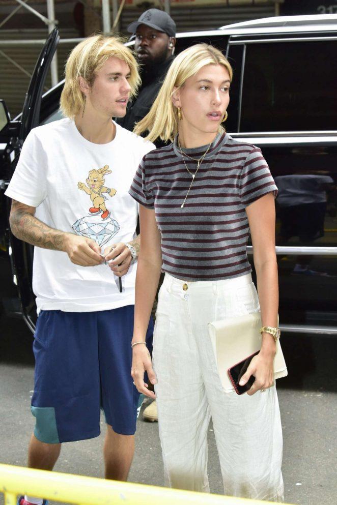 7ec0f55f330 Hailey Baldwin and Justin Bieber - Meet their church pastor in New York