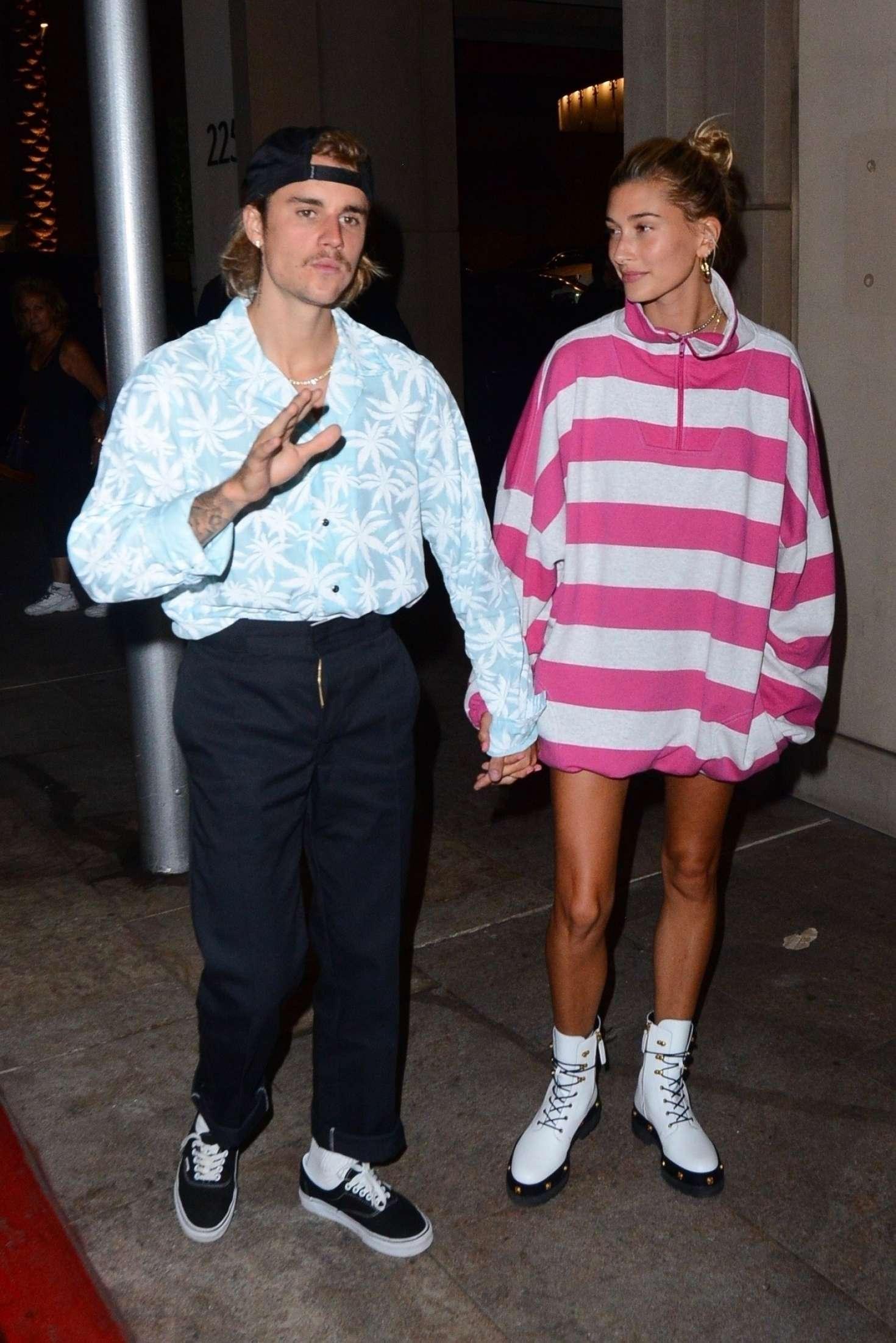 Hailey Baldwin 2018 : Hailey Baldwin and Justin Bieber: Out for a dinner -07