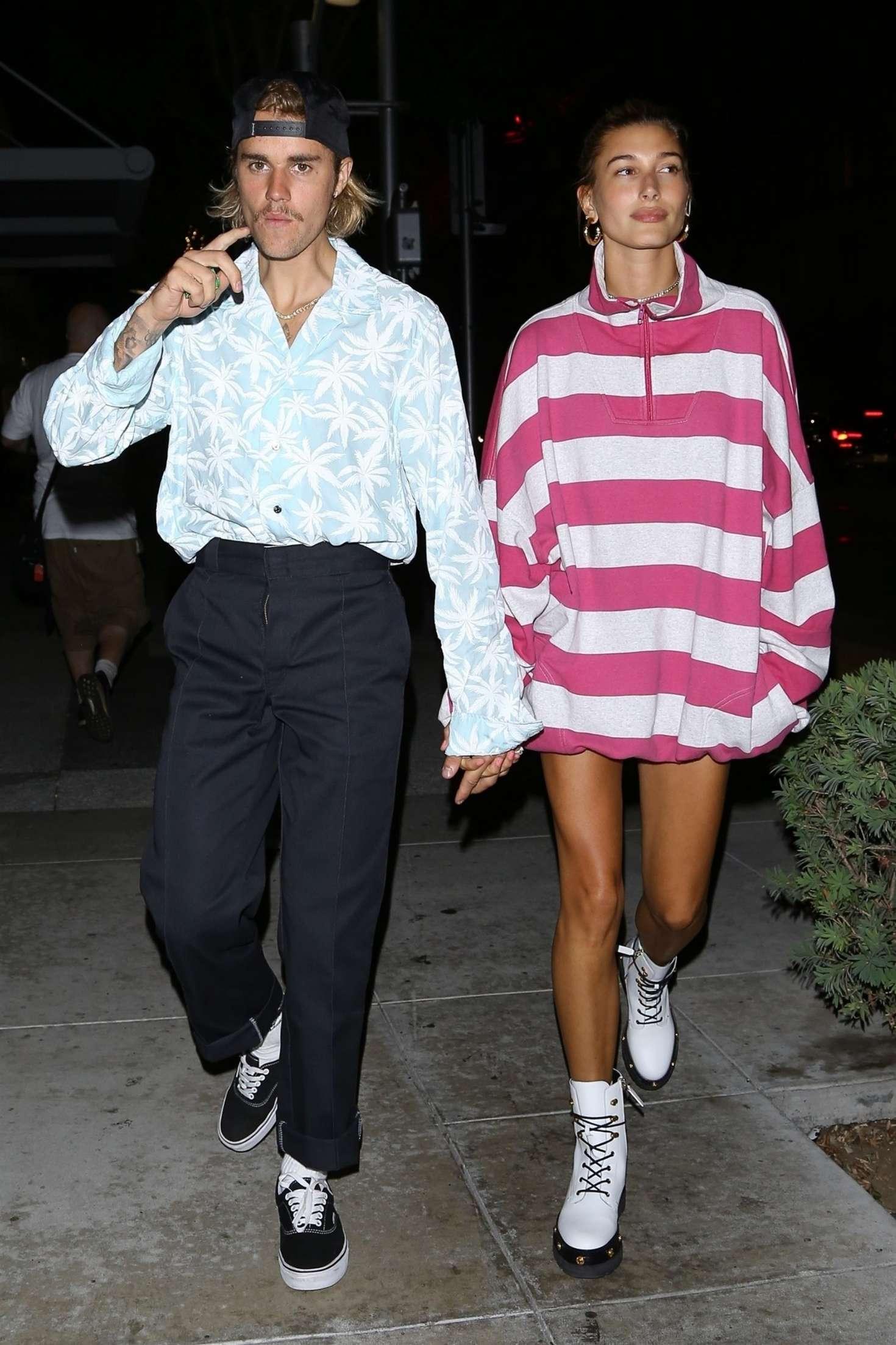 Hailey Baldwin 2018 : Hailey Baldwin and Justin Bieber: Out for a dinner -15