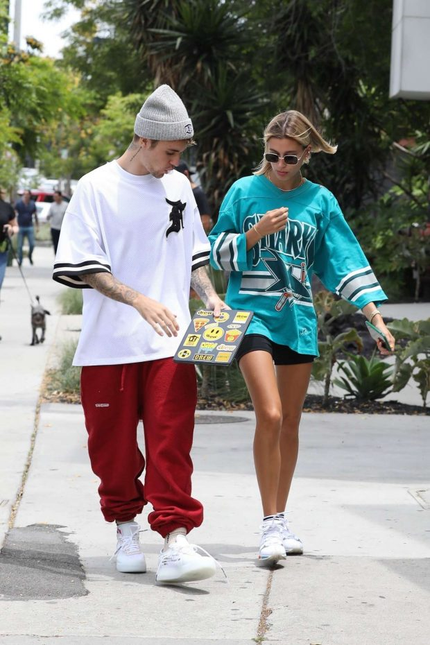 Hailey Baldwin and Justin Bieber - Out for breakfast in West Hollywood