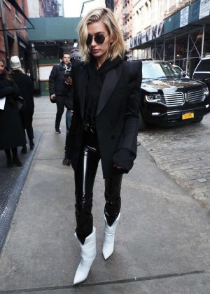 Hailey Baldwin - Arriving at the Mercer Hotel in New York City