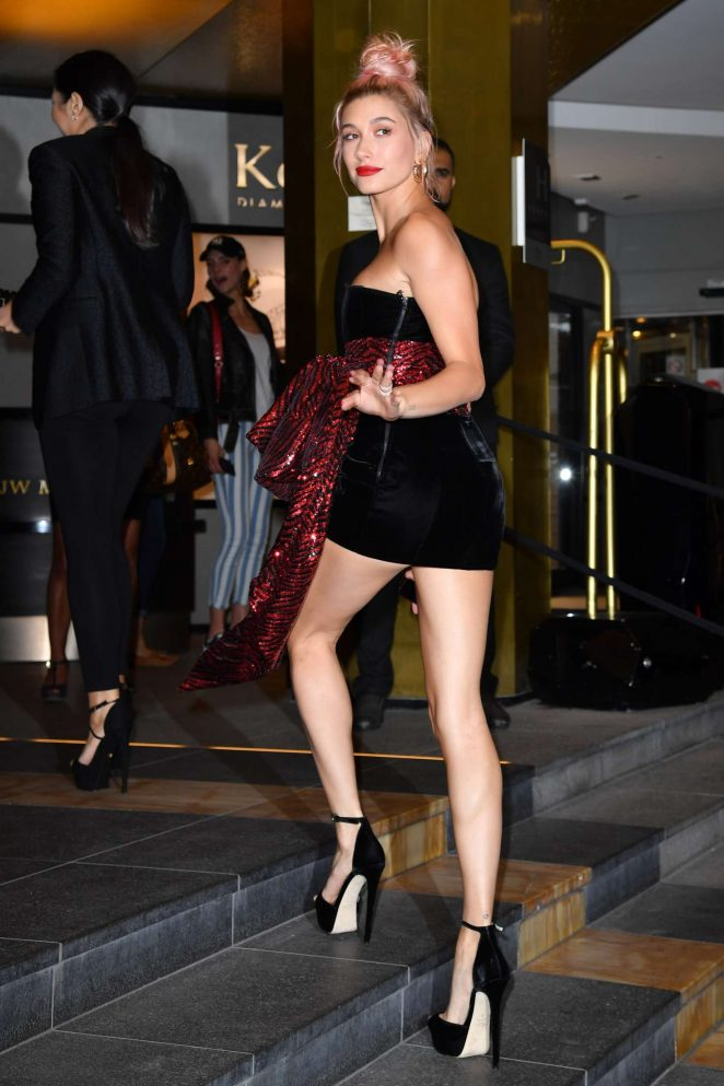 Hailey Baldwin – Arriving for the Dior Dinner in Cannes