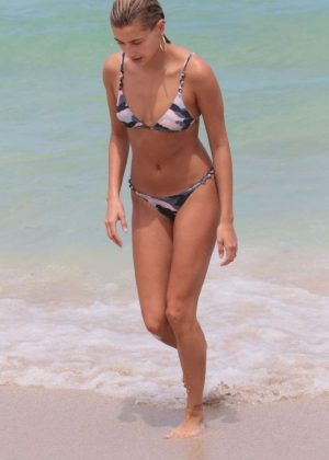 Hailey Baldwin in Bikini on the beach in Miami Beach