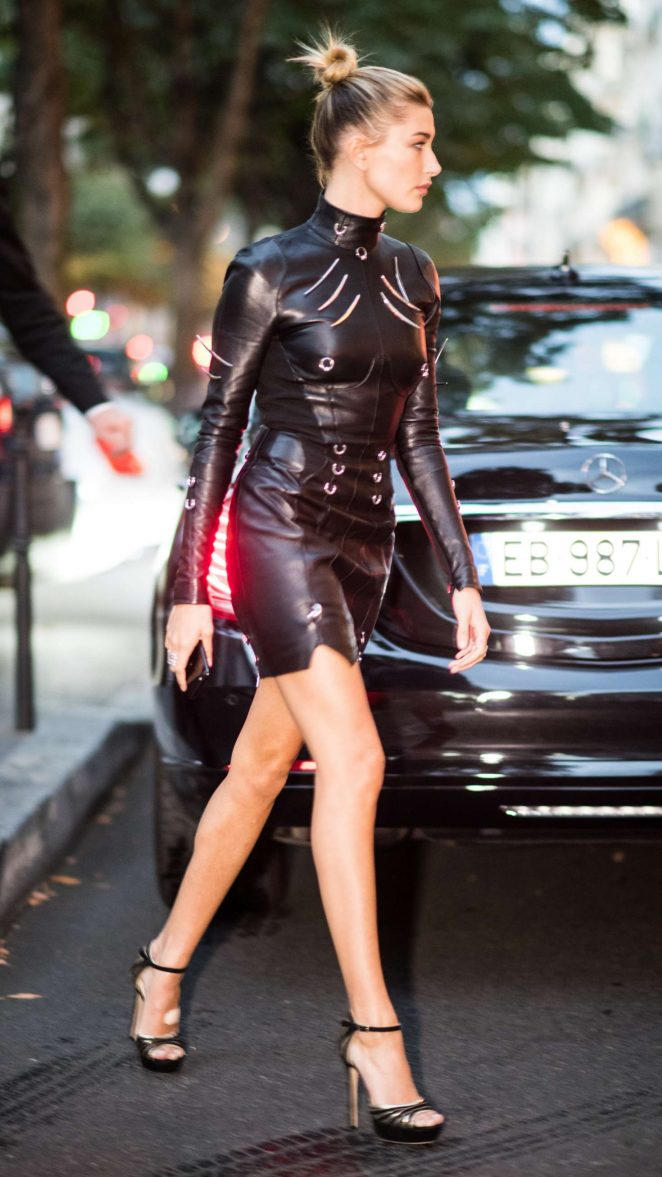 Hailey Baldwin In Leather Mini Dress Out In Paris