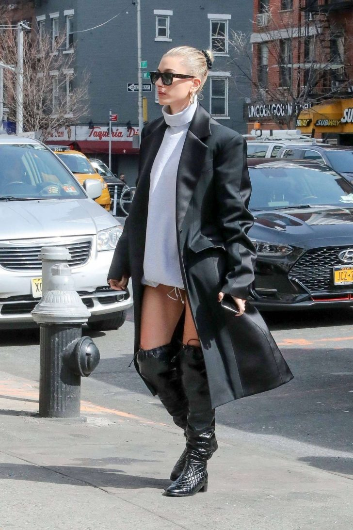 Hailey Baldwin in Long Black Coat - Out in NYC