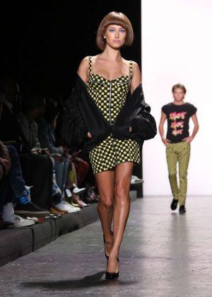 Hailey Baldwin - Jeremy Scot Fashion Show 2016 in New York City