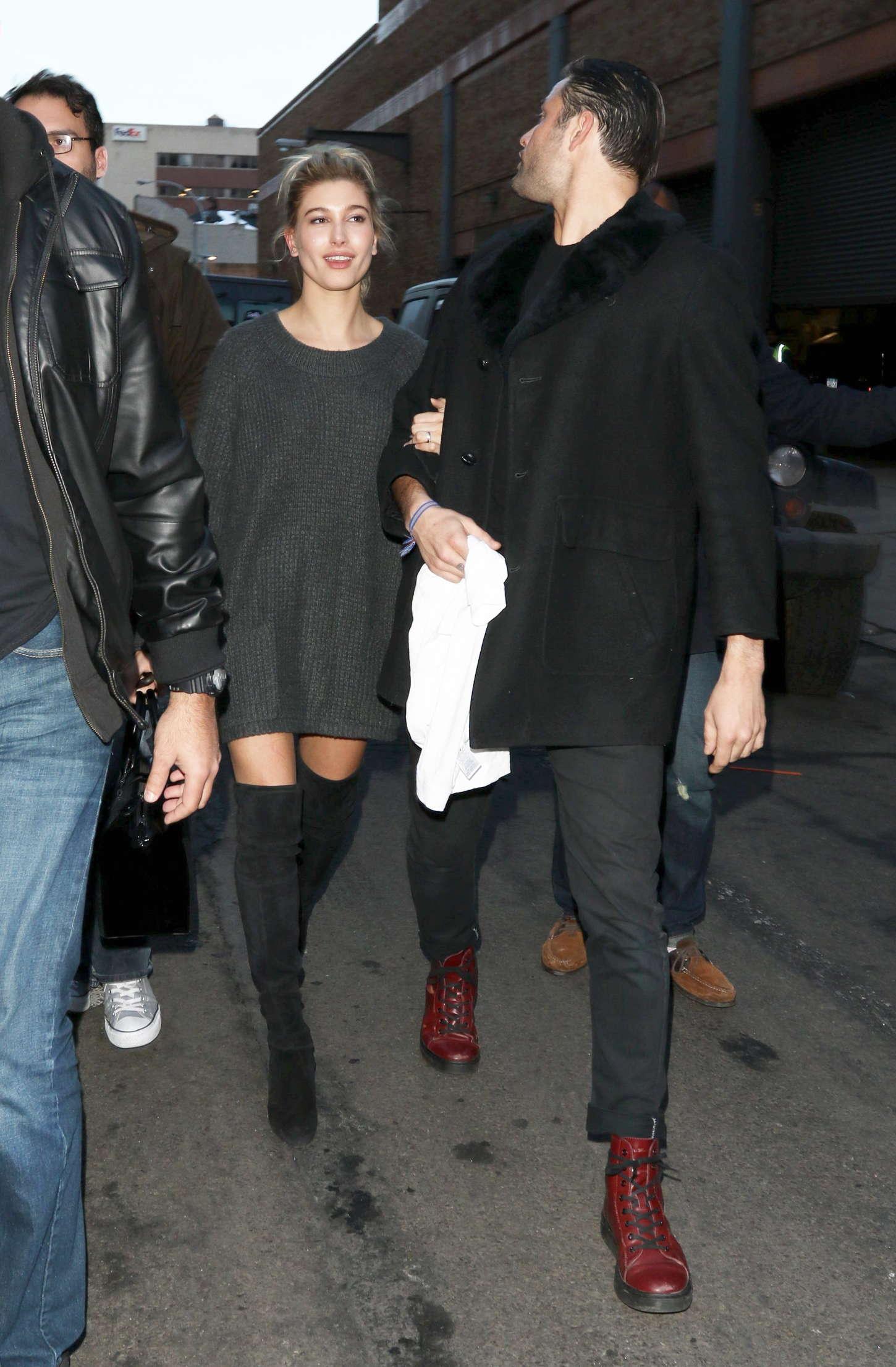 Hailey Baldwin Kanye West 2015 Fashion Show 17 Gotceleb
