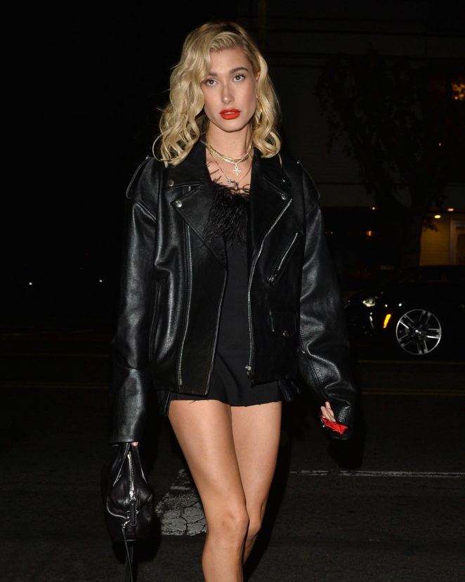 Hailey Baldwin - Kendall Jenner's 22nd birthday dinner at Petite Taqueria in West Hollywood