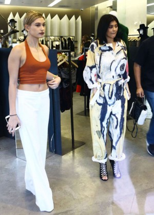 Hailey Baldwin and Kylie Jenner: Shopping in South Beach -11