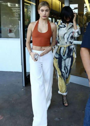 Hailey Baldwin and Kylie Jenner: Shopping in South Beach -18