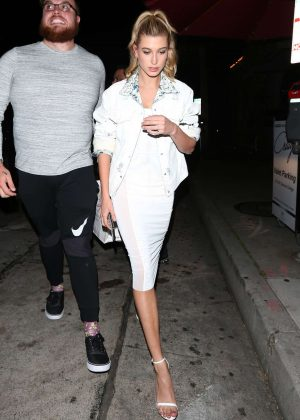 Hailey Baldwin Leaves Craig's restaurant in West Hollywood