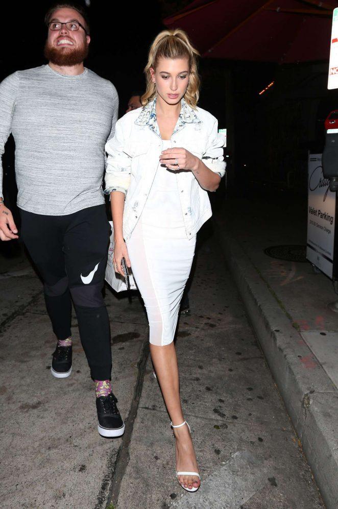 Hailey Baldwin Leaves Craig's restaurant in West Hollywood