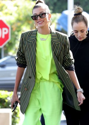 Hailey Baldwin - Leaves her stylists office in West Hollywood