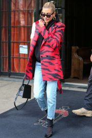 Hailey Baldwin - Leaving The Bowery Hotel in New York