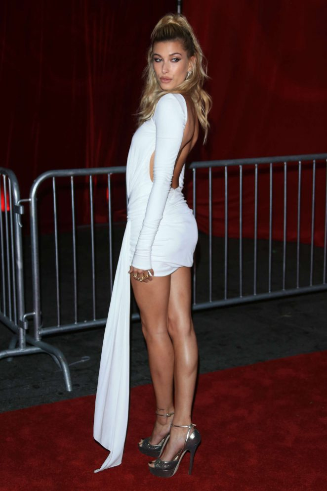 Hailey Baldwin - Maxim Hot 100 event in Hollywood