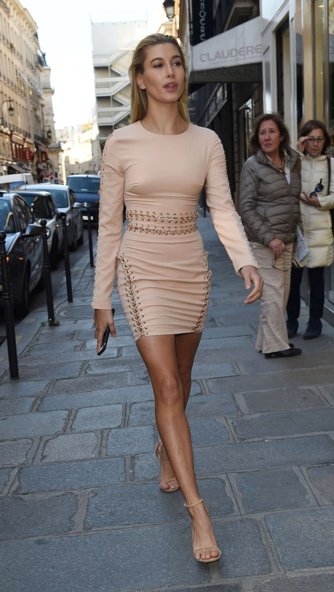 Sexiest dress pictures