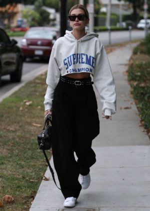 Hailey Baldwin - Out and about in West Hollywood