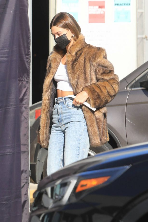 Hailey Baldwin - Out in Beverly Hills