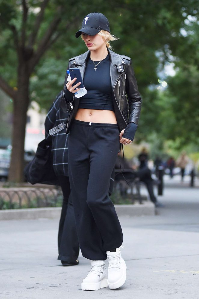 Hailey Baldwin out in New York -19