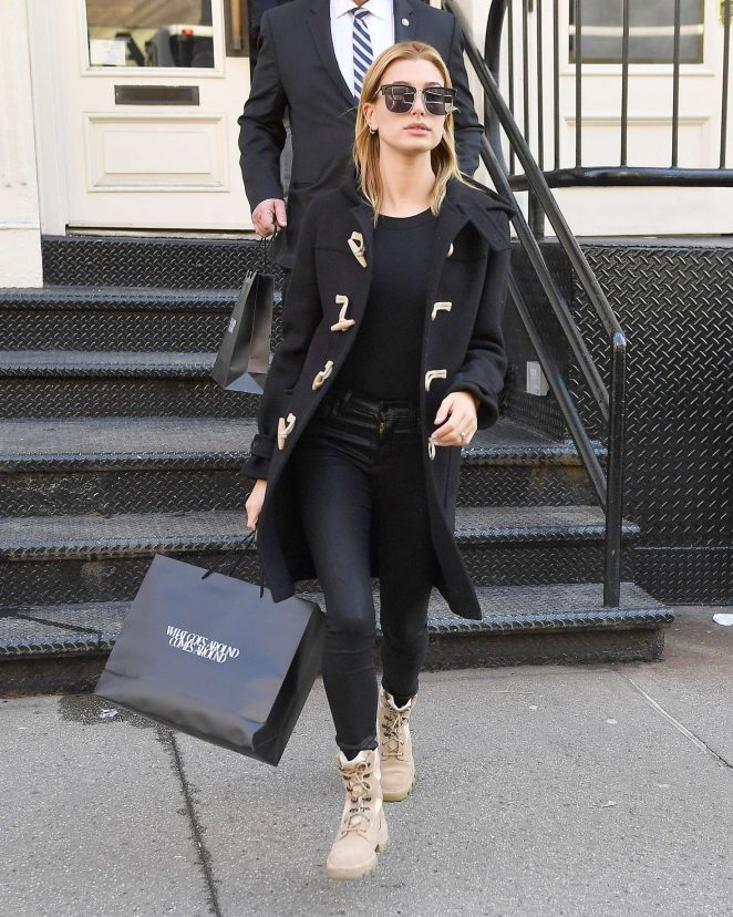 Hailey Baldwin out shopping in New York City -10