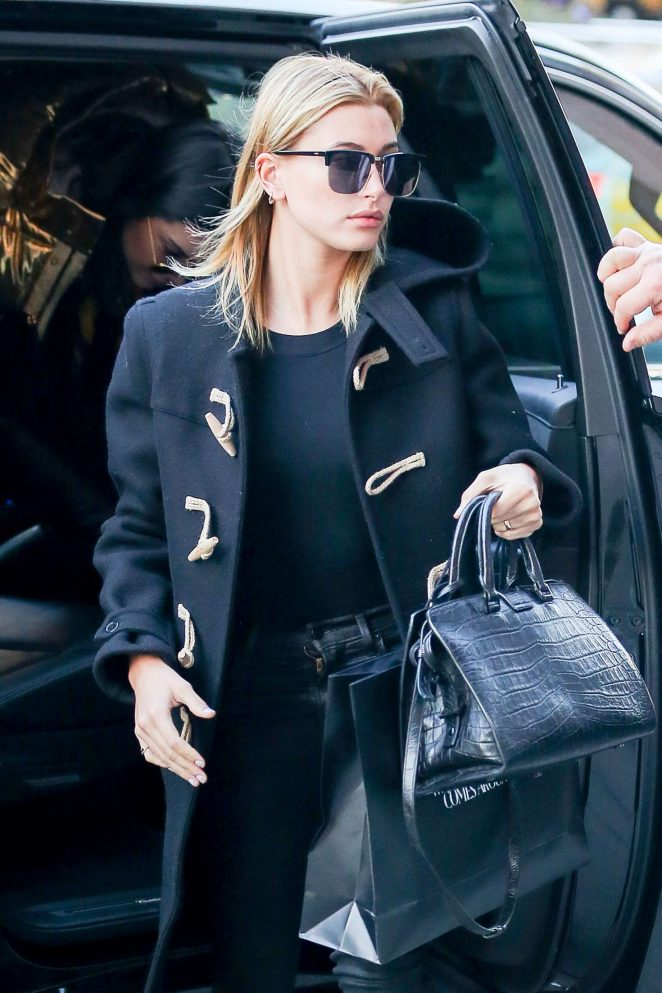 Hailey Baldwin out shopping in New York City -11