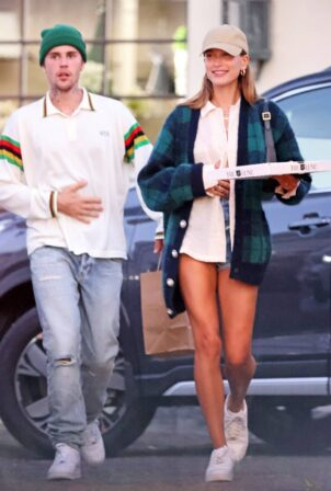 Hailey Baldwin - With Justin Bieber seen leaving a dinner date at 'Tre Lune' in Montecito