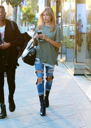 Hailey Baldwinin Ripped Jeans Out in LA