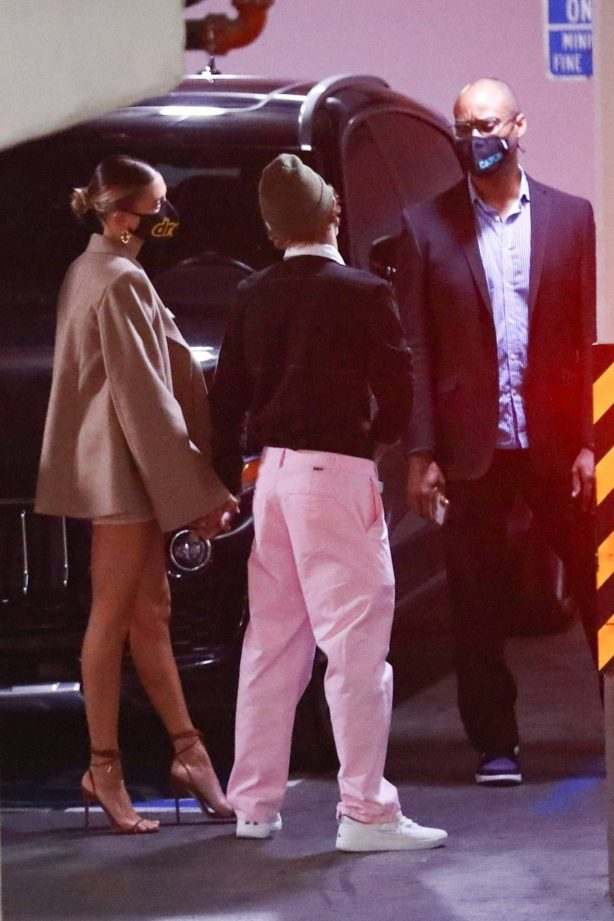 Hailey Bieber and Justin Bieber - Arrive for dinner at Catch LA in West Hollywood