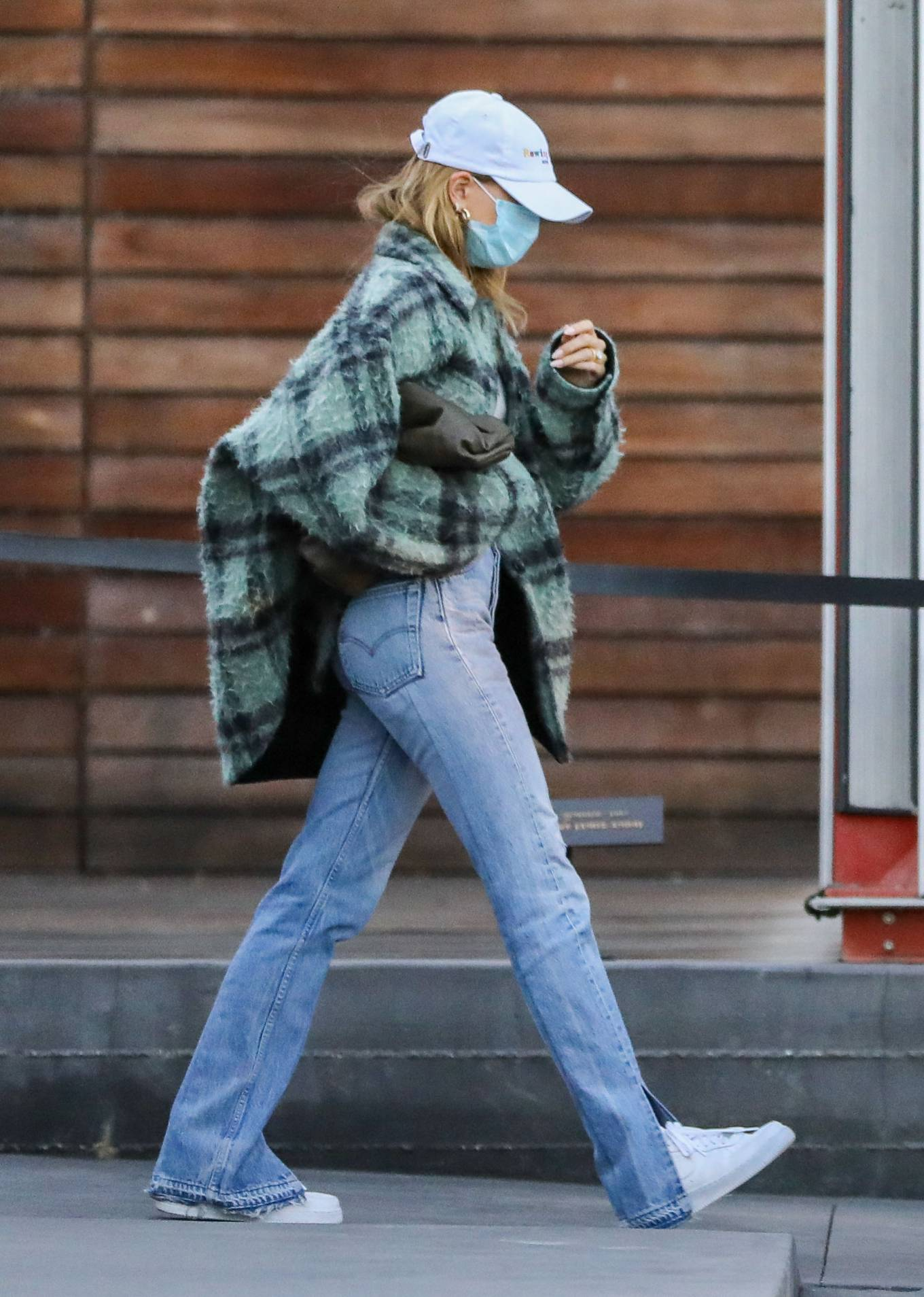 Hailey Bieber and Justin Bieber - Christmas shopping at Maxfield in West Hollywood