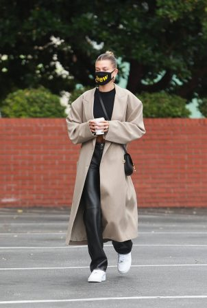 Hailey Bieber - Arrives to Blue Bottle Cafe in Beverly Hills