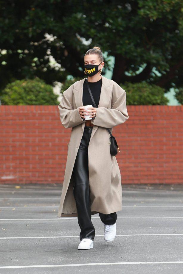 Hailey Bieber - Arrives to Blue Bottle Cafe in Beverly Hills