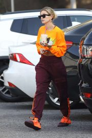 Hailey Bieber - Hits up the dance studio in West Hollywood