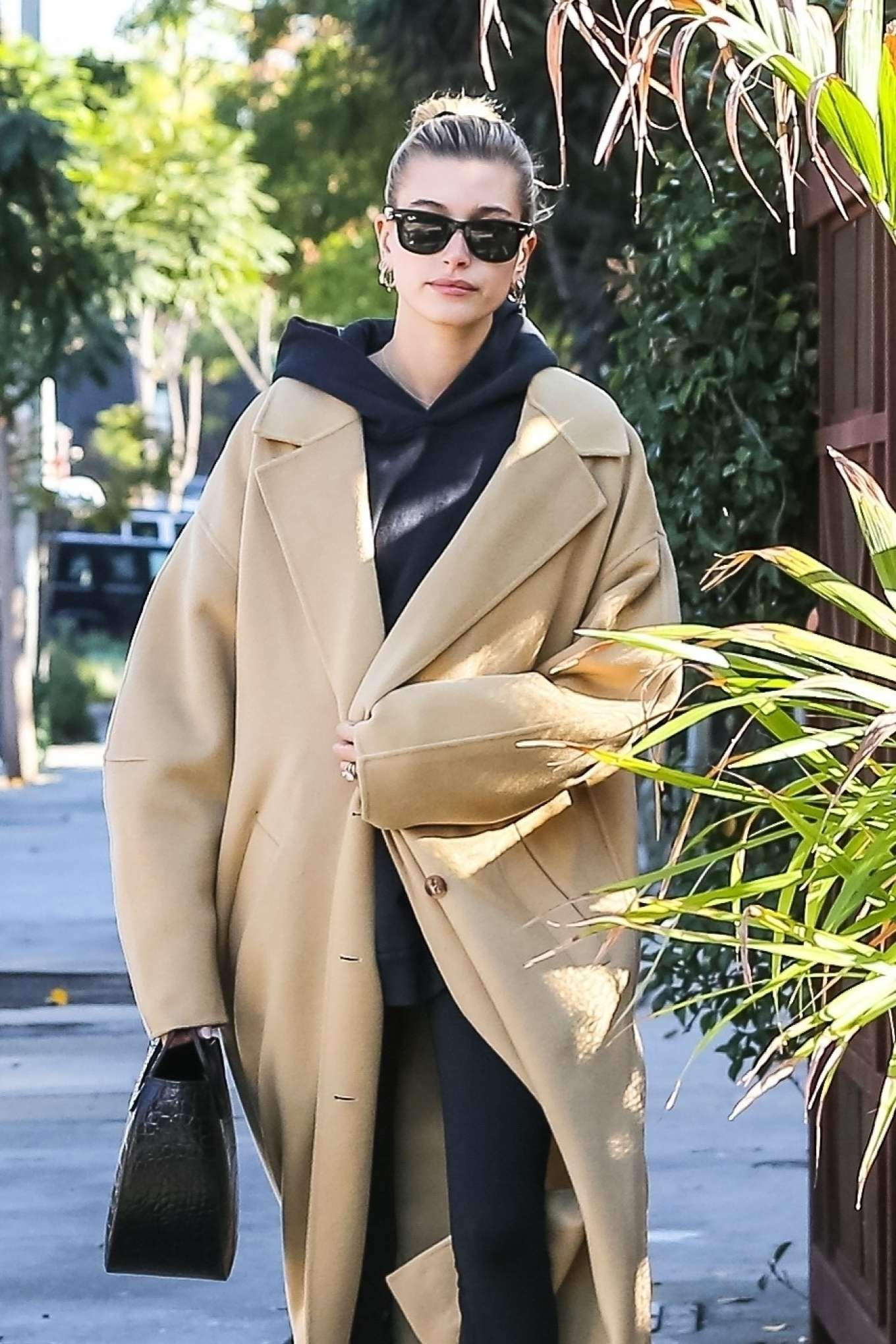 Hailey Bieber - Stops by a coffee shop in Beverly Hills
