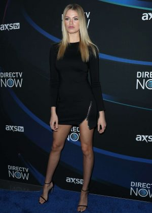 Hailey Clauson - DIRECTV NOW Super Saturday Night Concert in Houston