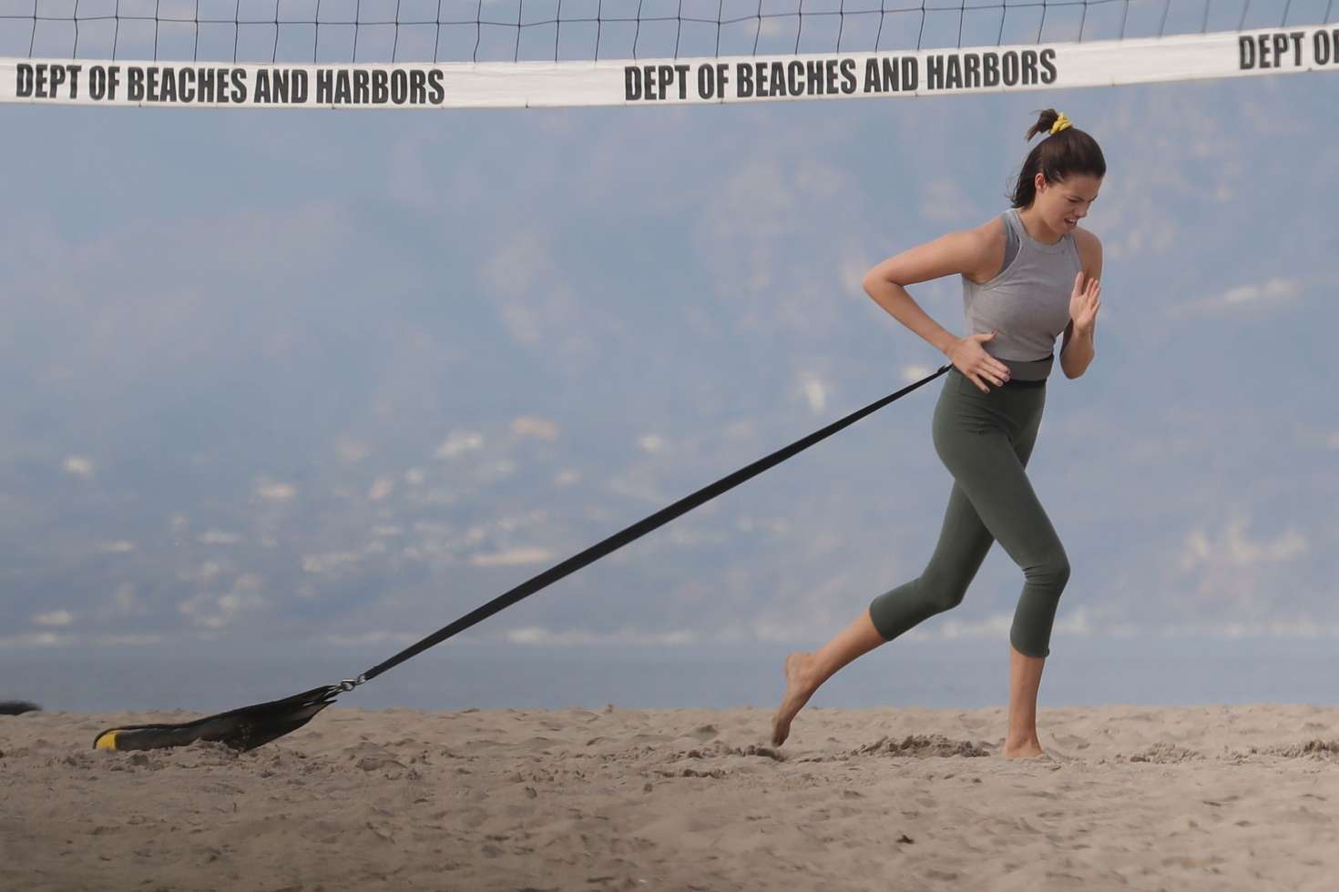 Hailey Clauson in Tights – Workout on the beach in Los Angeles