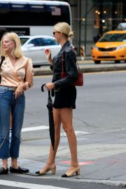 Hailey Clauson strolling in New York