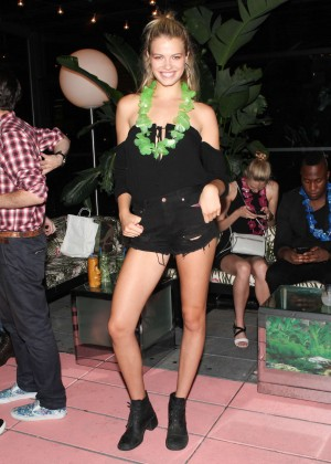 Hailey Clauson - TikiTabu Birthday Party for Scott Lipps's in New York