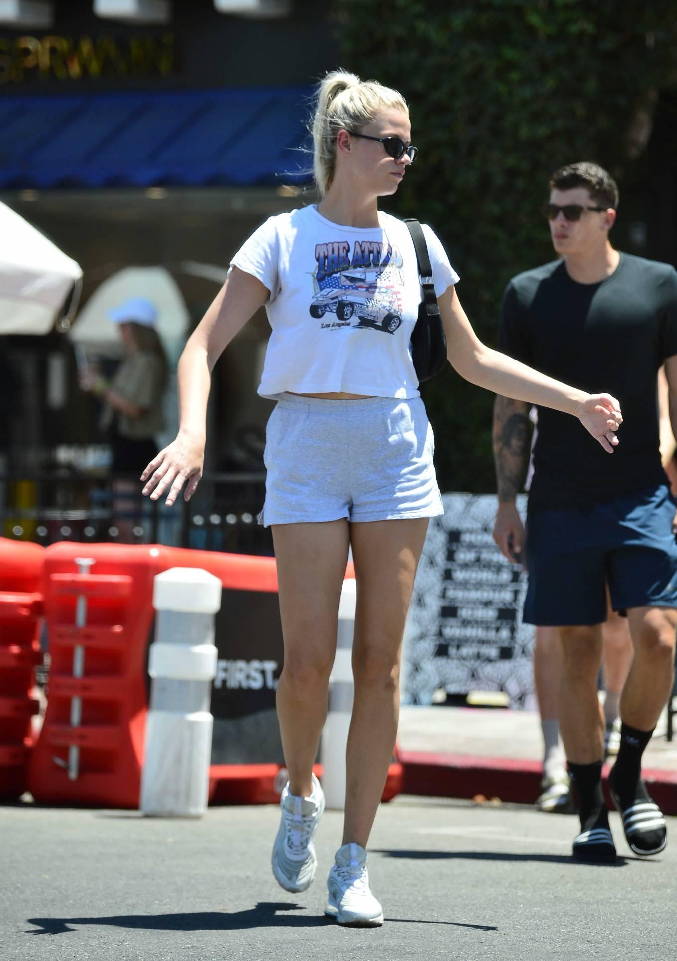 Hailey Clauson - With her boyfriend Julian Herrera in Los Angeles