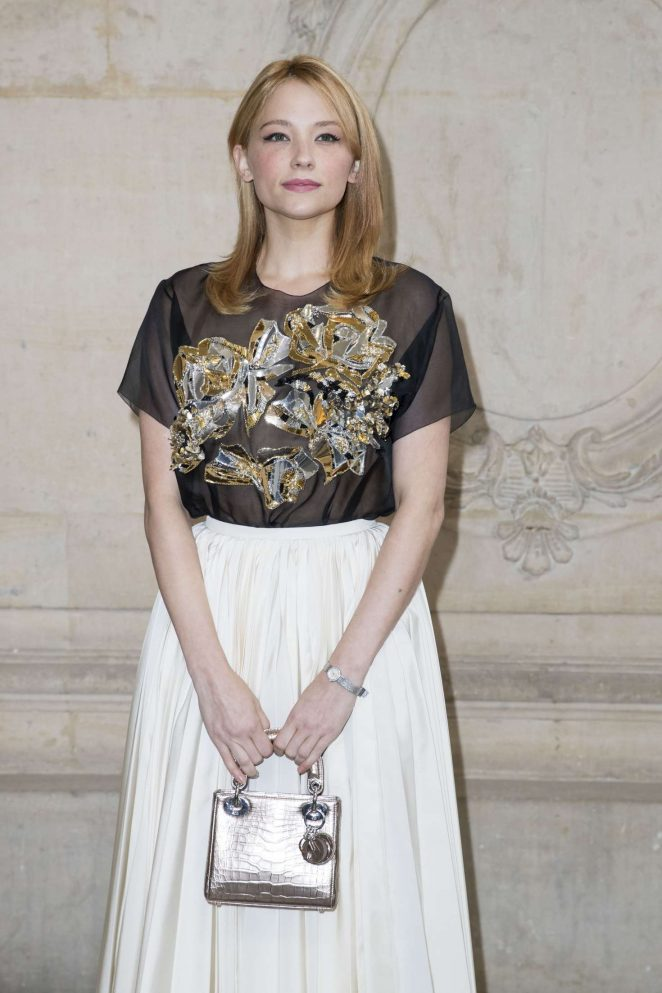 Haley Bennett - Christian Dior Show SS 2017 in Paris