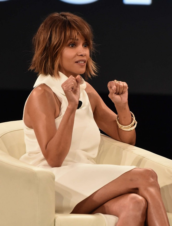 Halle Berry – 2016 MAKERS Conference at the Terrenea Resort in Rancho Palos Verdes