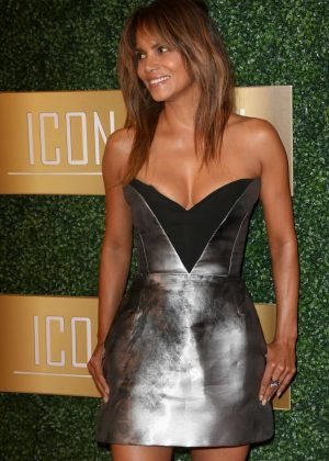 Halle Berry - 6th Annual ICON MANN Pre-Oscar Dinner in Beverly Hills