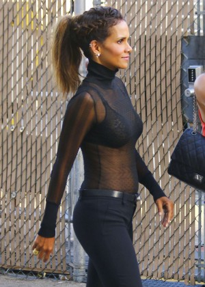 Halle Berry Hot at Jimmy Kimmel Live -30